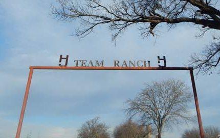 team-ranch-gate2